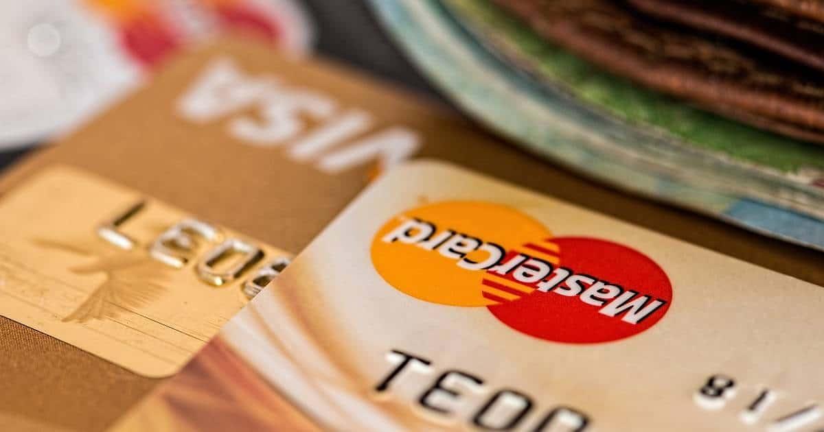 Vuosimaksuton luottokortti on aidosti ilmainen vain, mikäli sitä käytetään oikein, eikä tilinhoitokuluja ole.