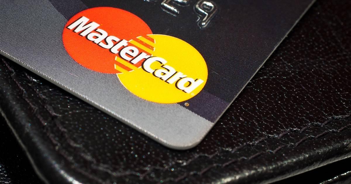 Tällaiset ehdot ja vaatimukset luottokortin hakijan on täytettävä.